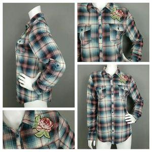 🌴3/$20 Anthropologie Eden & Olivia Plaid Shirt